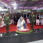 PM pays homage to Bangabandhu on Homecoming Day